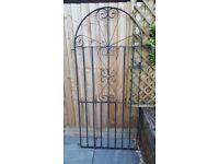 Black metal side gate