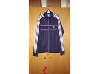 Boys Adidas Originals Track Top Suit in Dark Blue. Size M. Brand new.
