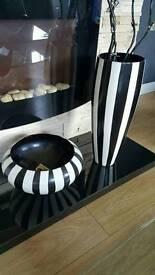 Large vase and matching bowl