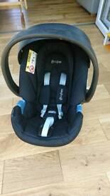Cybex car seat 0+
