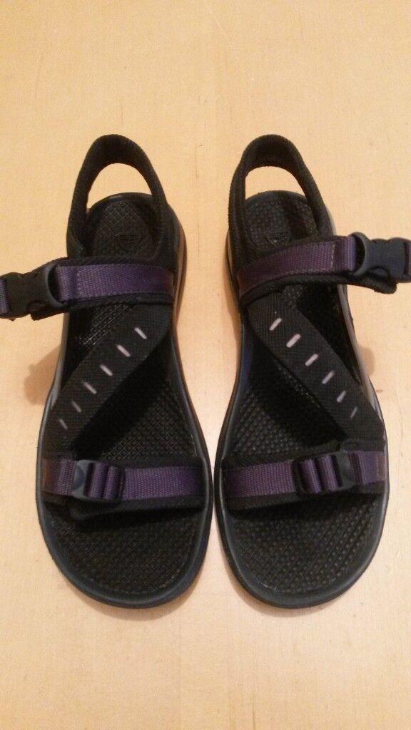 6f2dcb80fbfa ... discount code for womens nike air acg black purple sandals size 4.5uk  ab478 c15f3