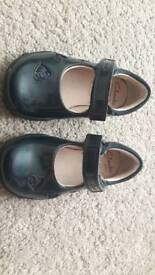 Infant girls Clarks blue patent shoes with flashing heels