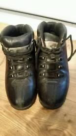 timberland boots size 7.5 black