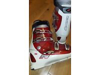 Mens Nordica ski boots. The size is 30-30.5 / 345mm