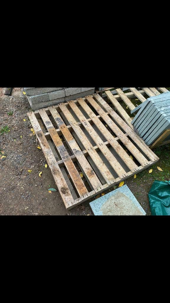 Free wooden pallets   in Long Ashton, Bristol   Gumtree