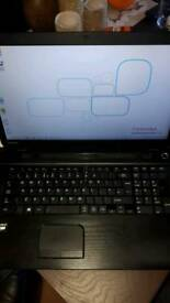 Toshiba satellite 17""