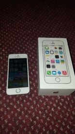 Apple iphone 5s, 16Gb. white colour. On EE, T-Mobile and Orange networks