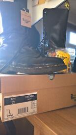 Dr.Martens Black Boots size UK7