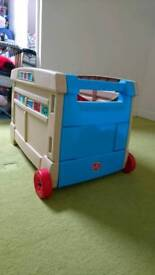 Step 2 pull along toy box