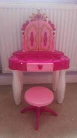 Little dressing table
