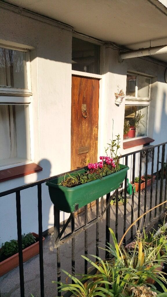Sunny  central London 2 bed flat to rent in Pimlico  private landlord   Sunny  central London 2 bed flat to rent in Pimlico  private  . 2 Bedroom Flats For Rent In Central London. Home Design Ideas