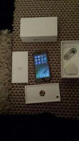 APPLE iPhone 6 64 gb unlocked £350 Ono cash only offers