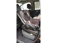 Maxi Cosi travel SYSTEM! Mothercare My3, MC CabrioFix and MC Pearl, with Isofix base.