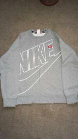 Men's XL Nike sweatshirt £10