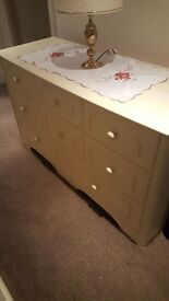 Bedroom drawer unit + bedside cabinet cream buyer collects East Grinstead