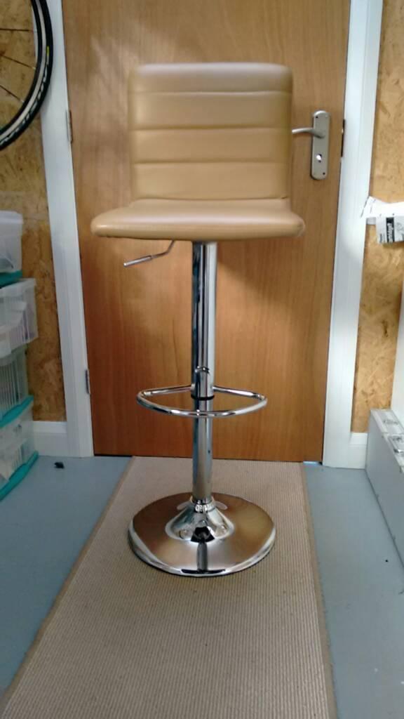 Bar stools 3X