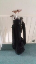 MASTERS GOLF CLUBS (LADIES) AND BAG