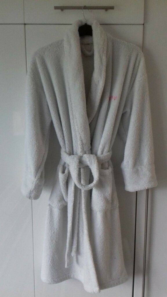 M&S Per Una Super soft white dressing gown with belt, 2 pockets with ...