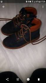 Boys timberland boots size 8