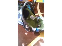 Britax car seat 0-13kg and base