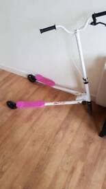 Girls pink flicker scooter