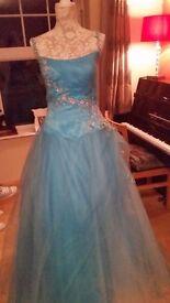 stunning evening dress/concert dress