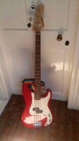 Electric guitar, bass guitar, speaker