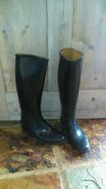 LADIES TALL BLACK RIDING BOOTS - UK SIZE 4