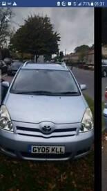 Toyota corolla verso 2 litre diesel