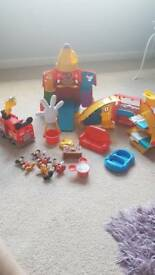 Toy bundle** Mickey Mouse toys *read description*