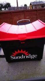 Sundridge fishing box