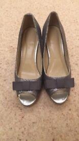 Wide fit size 8 (EEE) grey sparkly heels