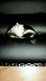 9ct white gold diamond ring size m/n