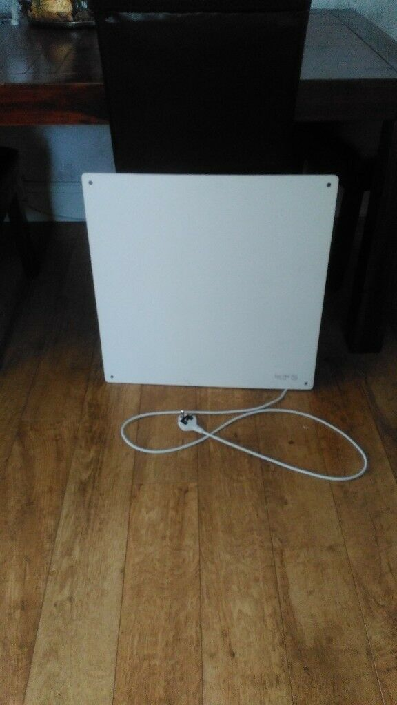 Low energy slim ceramic wall panel heater