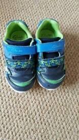 3 x pairs infant boy shoes size 6 G