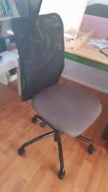 Perfect office chair Ten Pounds pick up today.