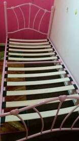 Sofia single bed for girls