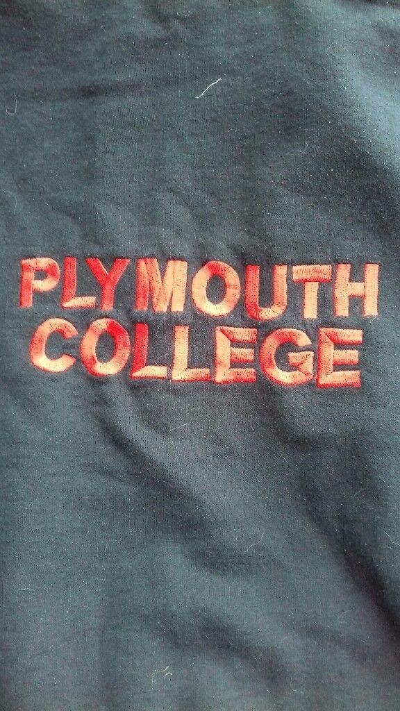 PLYMOUTH COLLEGE PREP BLACK SPORTS HOODY SIZE 'YOUTH-L'