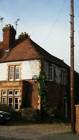 First Floor Studio Flat, Village Location, Off Street Parking, 10 mins to Heathrow T5.