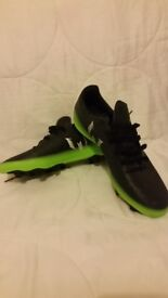 Football shoes size 7
