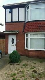 3 Bed room house for rent blthy.