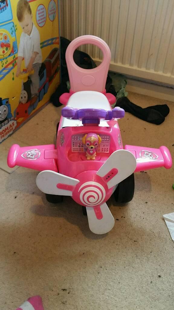Skye dog paw patrol girls ride on