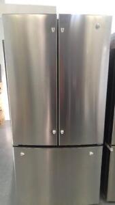 72- NEUF - Frigo   RÉFRIGÉRATEUR   GE 33 '' Fridge  Refrigerator  - NEW