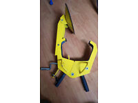 Caravan or trailer wheel clamp - heavy duty - two keys - used once