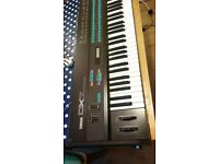 Yamaha DX7 Synthesizer Good condition and working