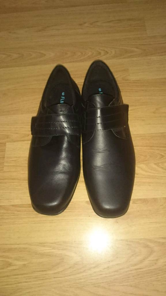 Bhs new size 6 boys shoes