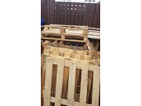 Wooden Pallets missing wood parts, slightly damage good for fence/ fire/ furnitures 5.99 for 10