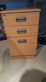 Very good condition wooden filing cabinet