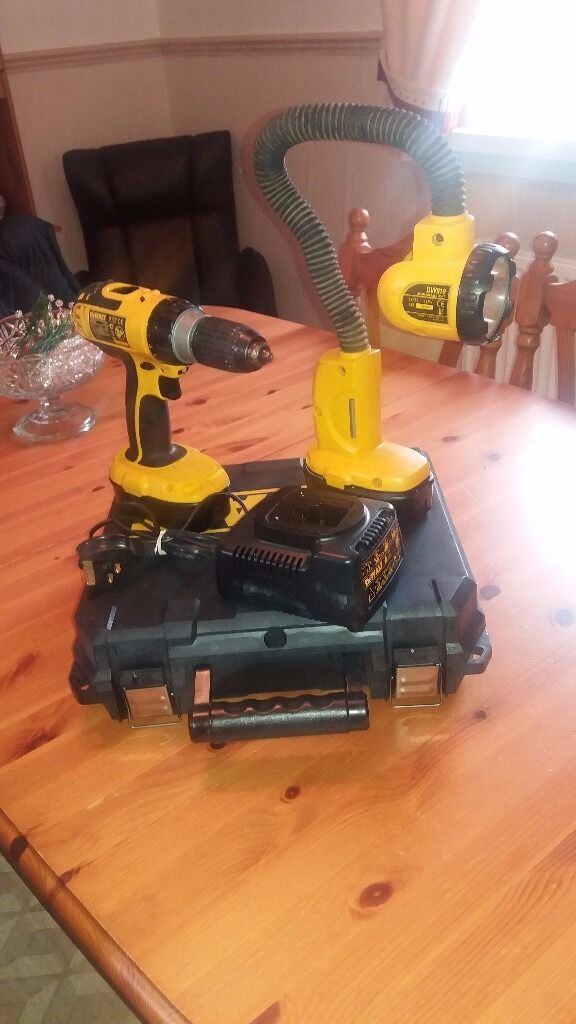 Dewalt 18v cordless hammer/drill Dewalt 18v flexible light2 battcharger in box, see photosin Hamilton, South LanarkshireGumtree - Dewalt D725 cordless 18v hammer/drive/drill Dewalt 18v heavy duty flexible floodlight , two batteries and charger drill box. All in excellent working order, batteries hold full charge with no problems what so ever. Can deliver locally or post