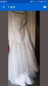Beautiful wedding dress new
